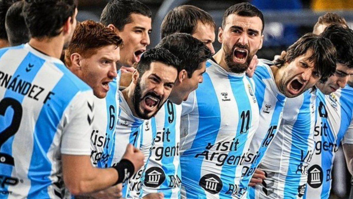 Argentina enfrenta a Qatar por el histórico pase a cuartos de final