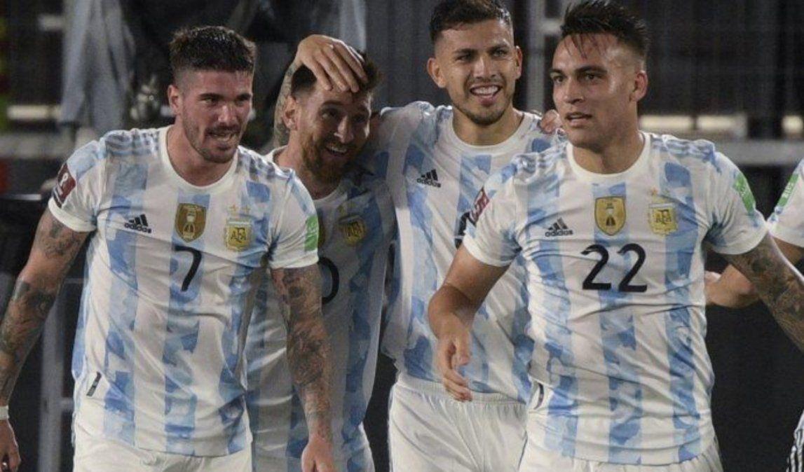 La Selección Argentina ganó, goleó y gustó en el Monumental ante Uruguay