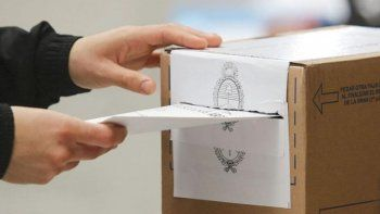 Elecciones: La Izquierda cuestiona las idas y vueltas del gobernador