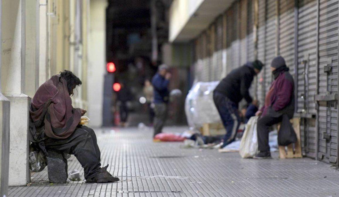 Argentina finalizó 2020 con una de las tasas de pobreza más altas de la región