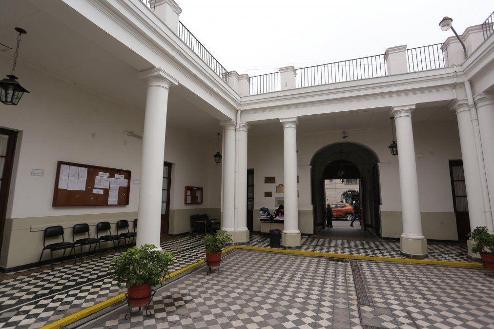 Docentes universitarios de Jujuy se sumaron al apagón virtual