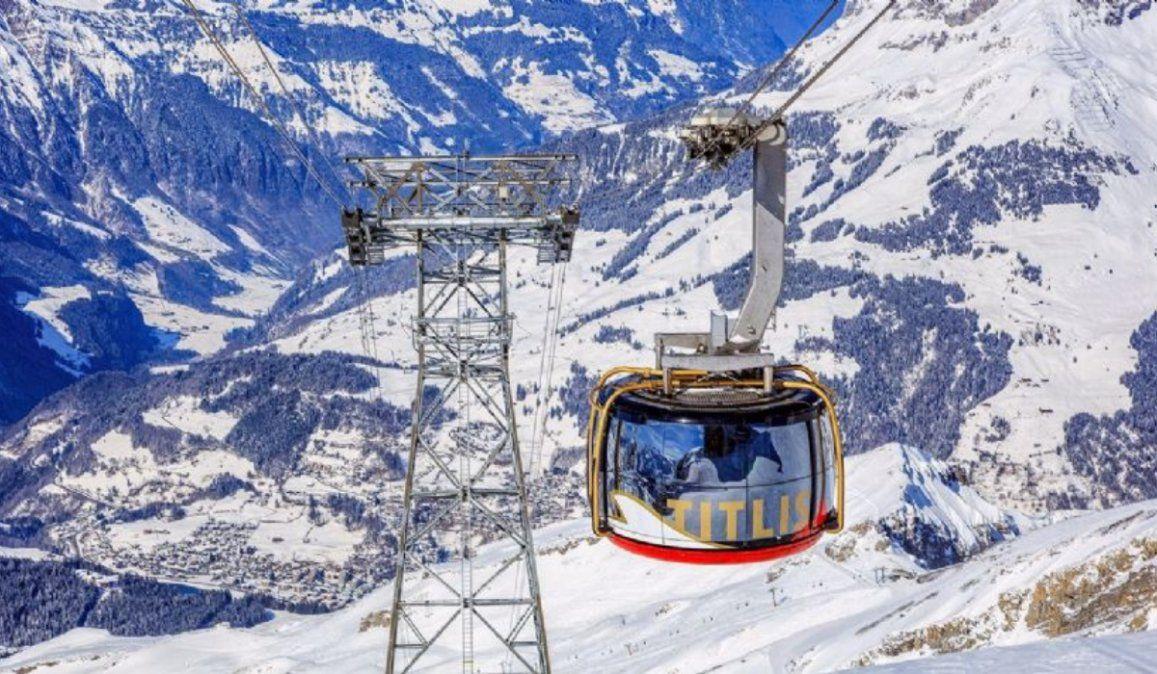 Video: Instante de la caída del teleférico en los Alpes de Italia que dejó 14 muertos