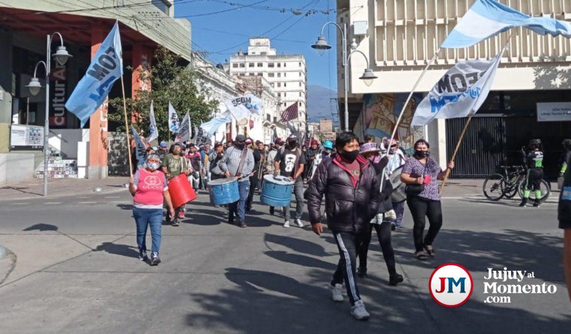 Municipales del interior llegaron a capital para expresar su malestar
