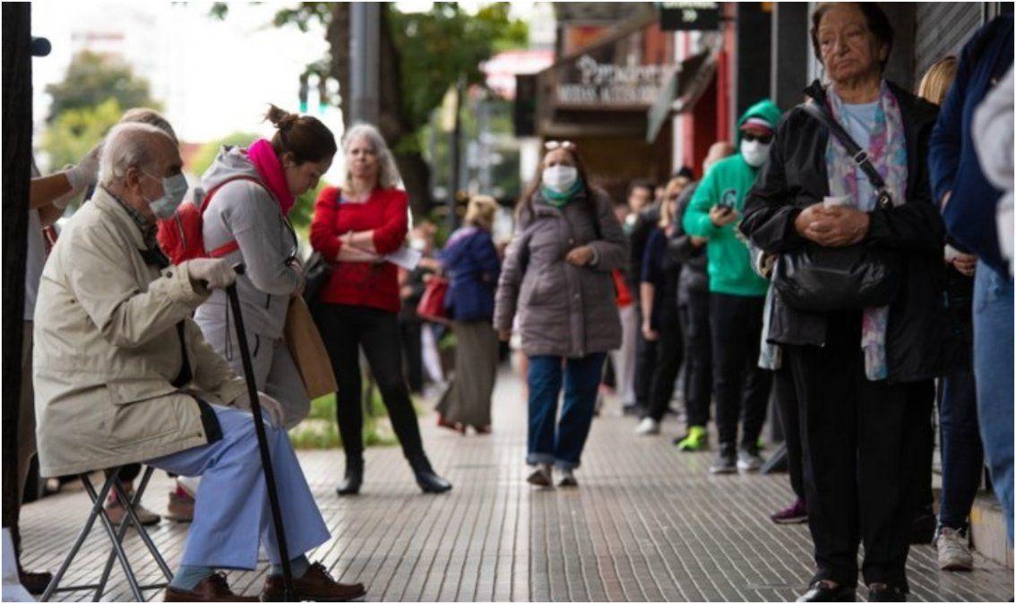 Aumento a jubilados: la suba de marzo será del 8,07% y la mínima pasa a 20.572 pesos