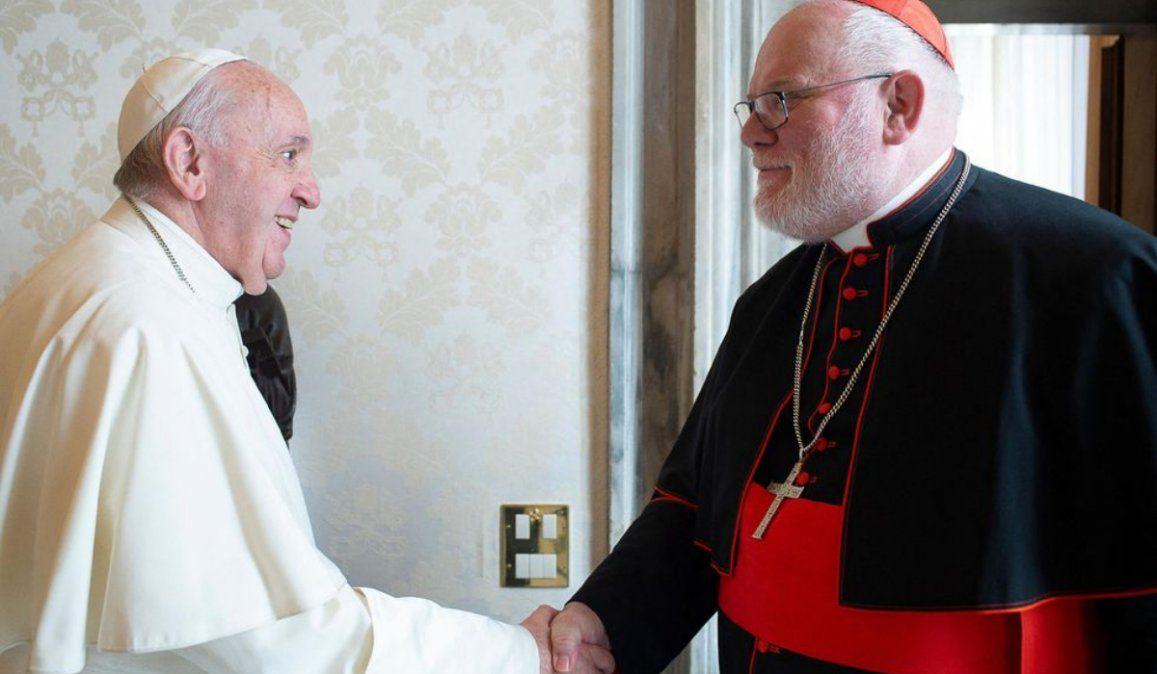 Francisco no acepta la renuncia de un cardenal por un escándalo sexual