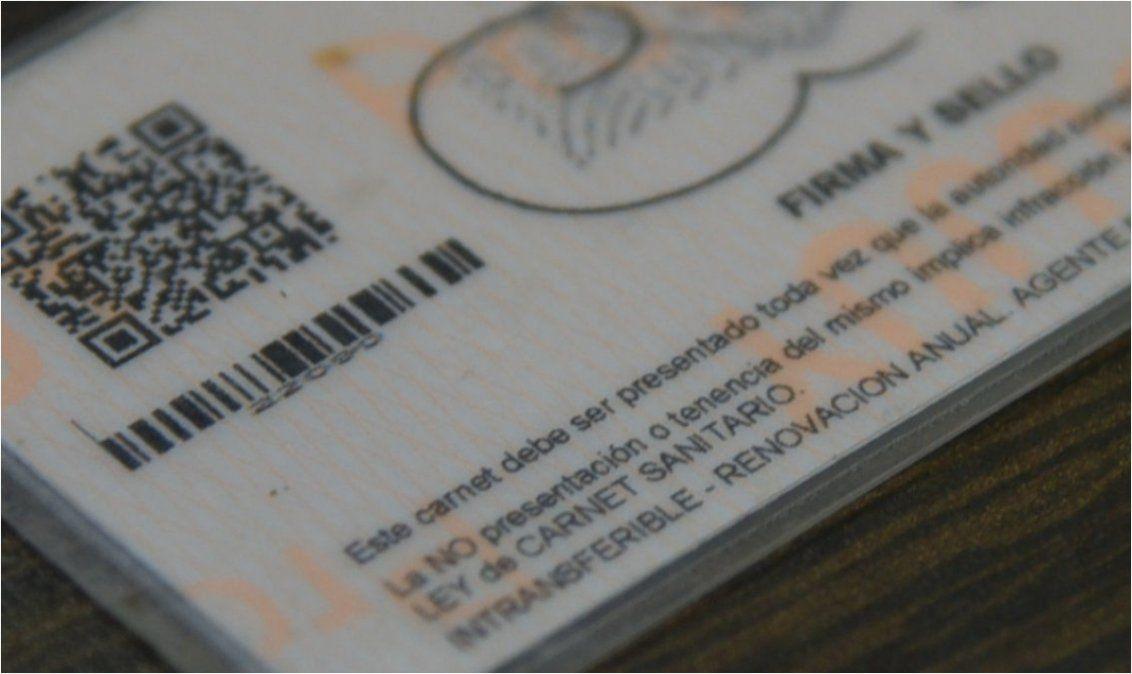 Prorrogaron la validez de los carnets sanitarios hasta el 1 de abril
