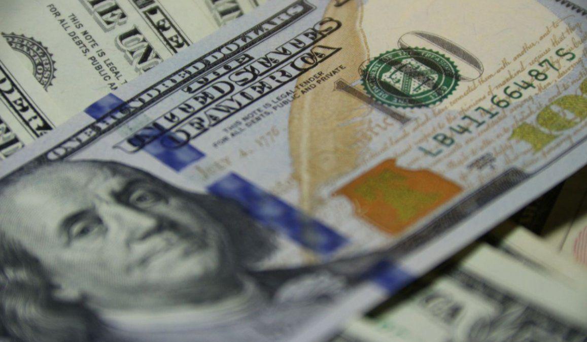 El BCRA anunció que los bancos ya pueden volver a vender el cupo de USD 200
