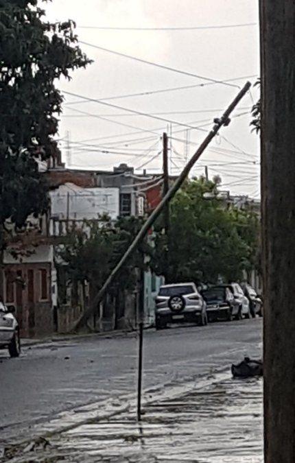 La tormenta provocó que vecinos de algunos barrios se vieran afectados