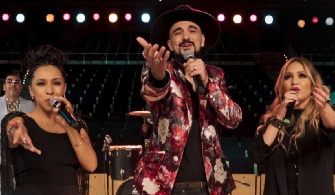 Abel Pintos, Karina y La Delio Valdez homenajearon a Gilda en los Premios Gardel