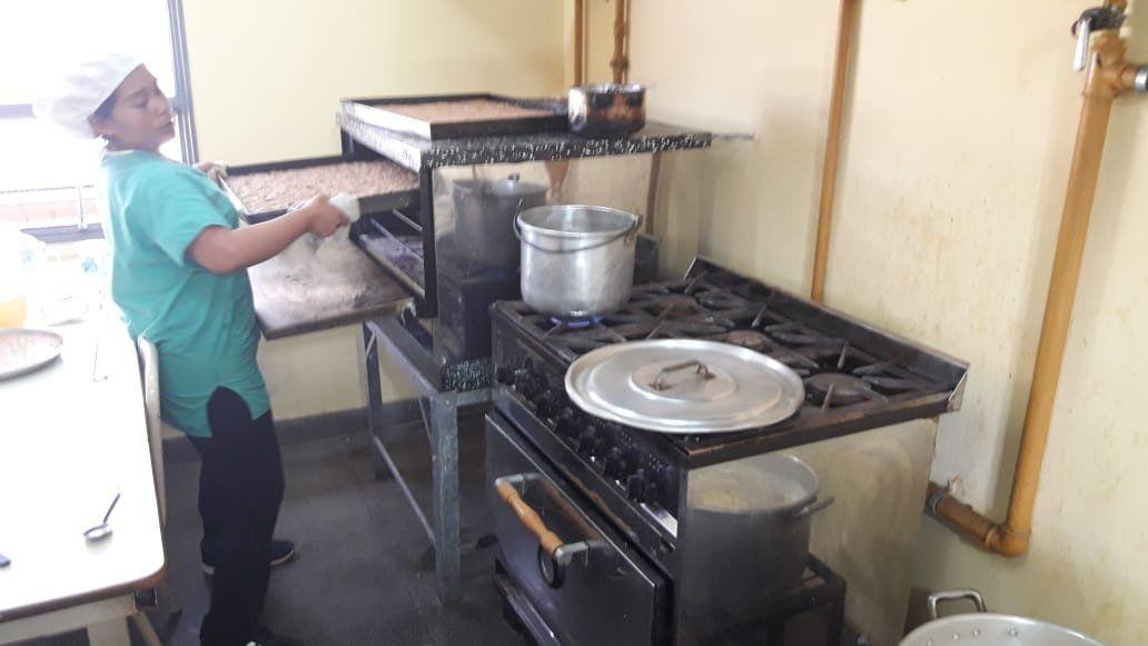 Otra escuela en crisis: Peligra la alimentación de más de 100 alumnos