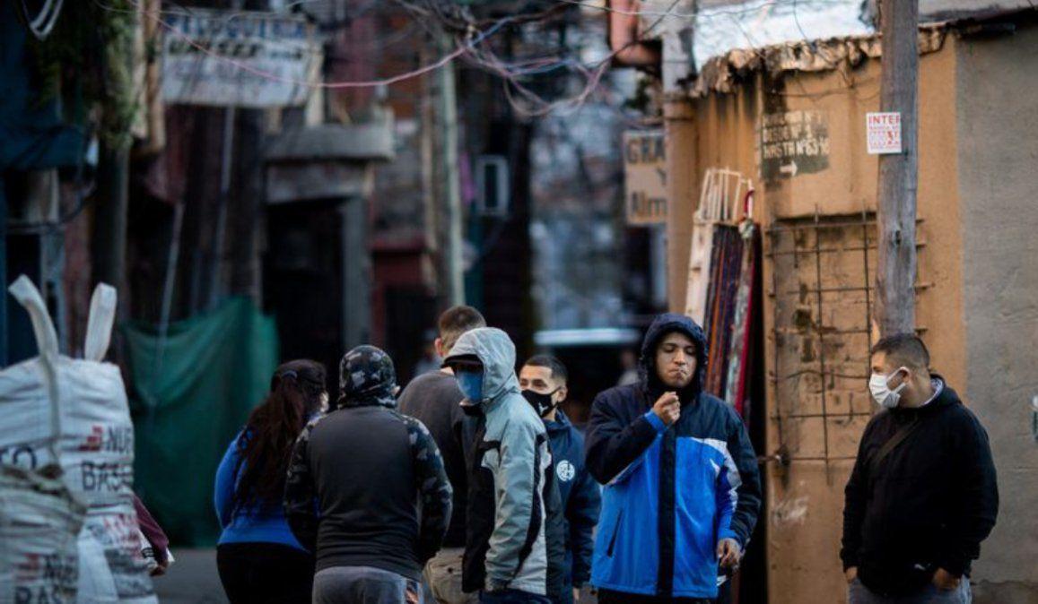 Asistencia: El Gobierno vuelca pesos pero hay más nuevos pobres