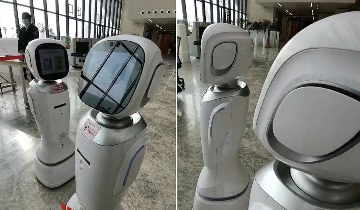 ¡Deja de ser caprichoso!: Dos robots discuten acaloradamente en una biblioteca china (VIDEO)
