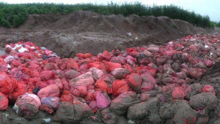 Montañas de basura patógena a cielo abierto en Finca El Pongo