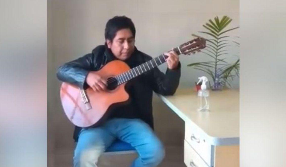 ¡Pura emoción! Jujeño hizo una canción para los médicos y enfermeros que lo atendieron