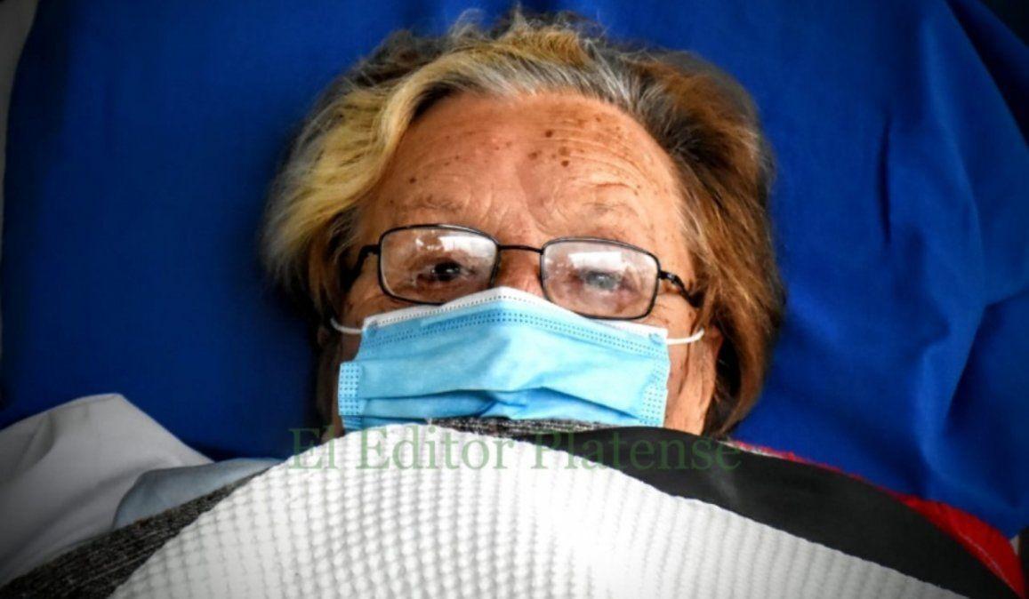 Súper Chica: Con 80 años, diabetes, hipertensión y secuelas de poliomielitis, venció al coronavirus