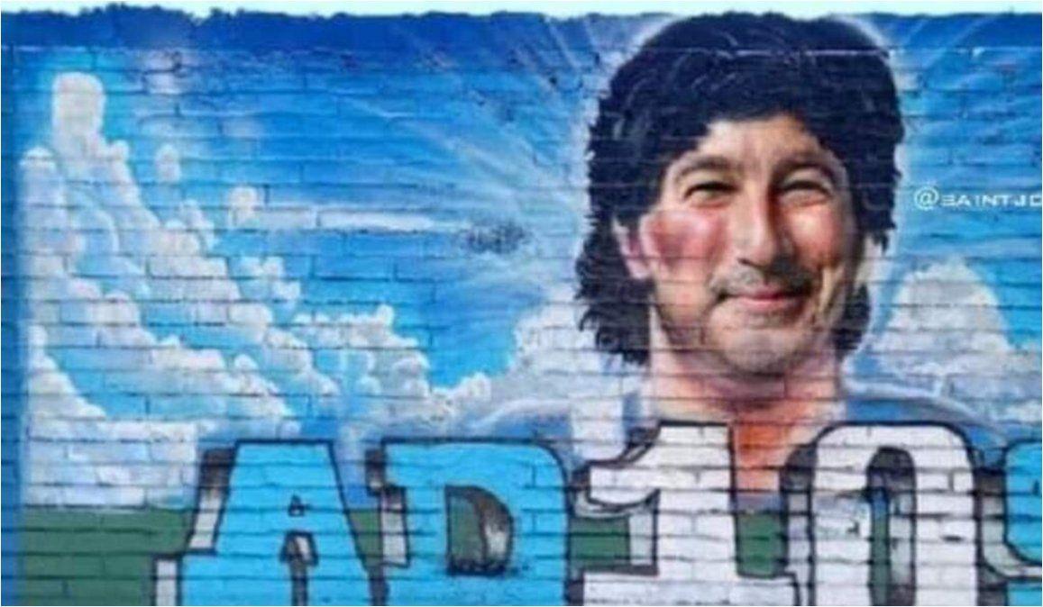 Quisieron homenajear a Maradona y les salió Pachu Peña