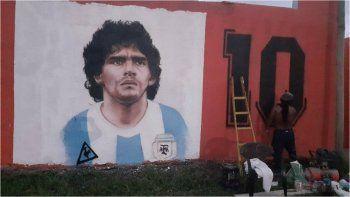 Primer mural en Jujuy homenaje a Diego Maradona