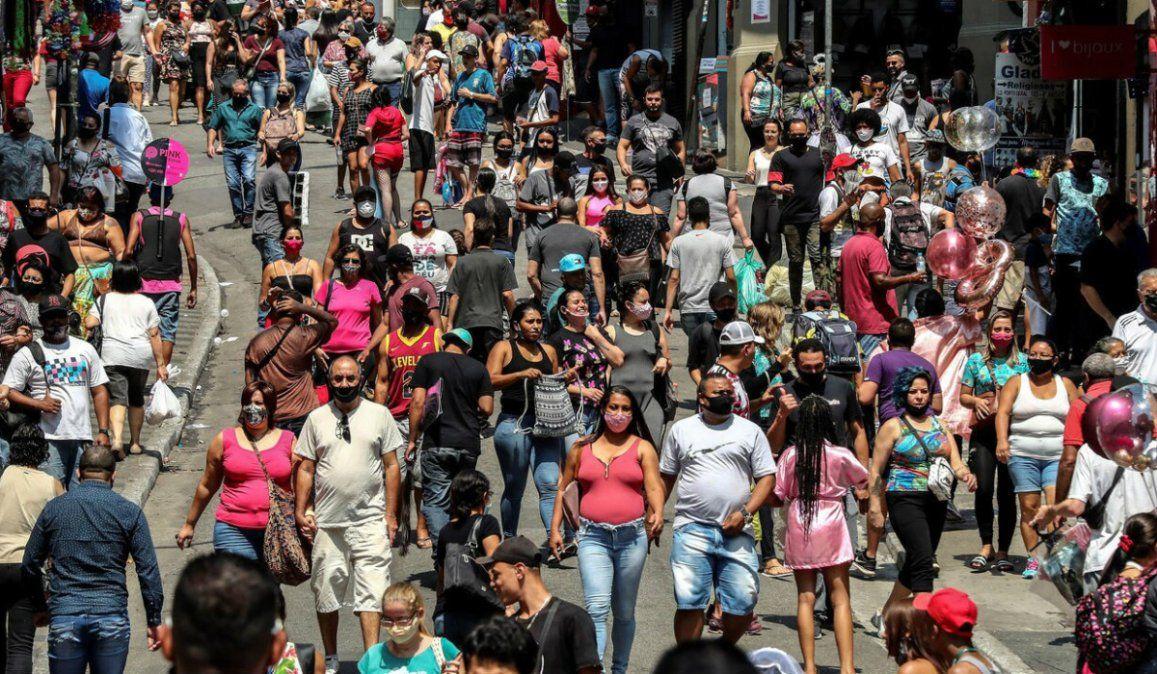Brasil supera los 5,2 millones de contagios al sumar 30.914 casos en las últimas 24 horas
