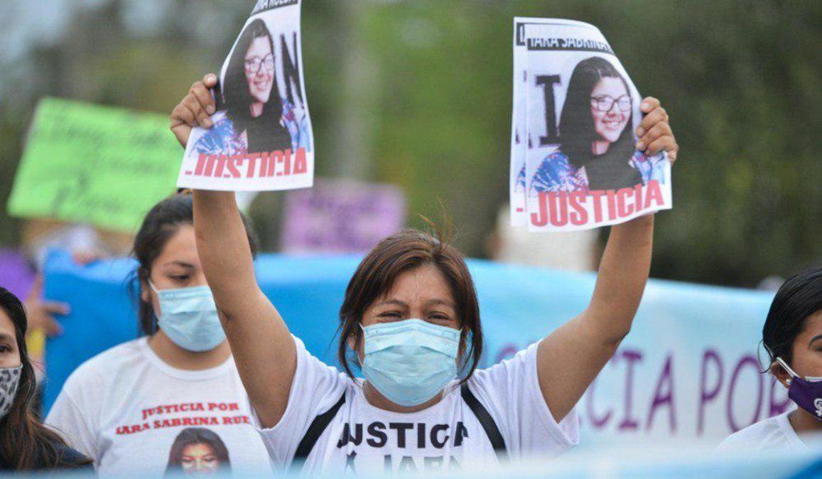 A un mes del femicidio de Iara Rueda, nueva marcha para pedir justicia
