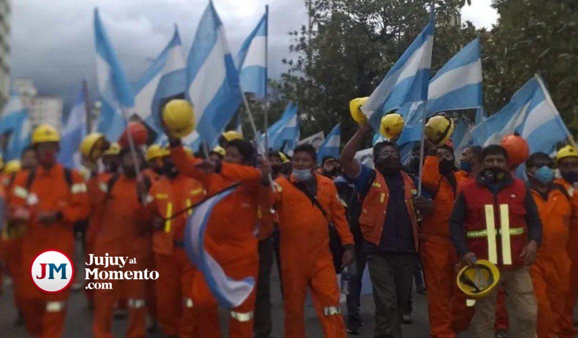 Conseguimos lo que nos corresponde, expresaron los mineros tras el acuerdo