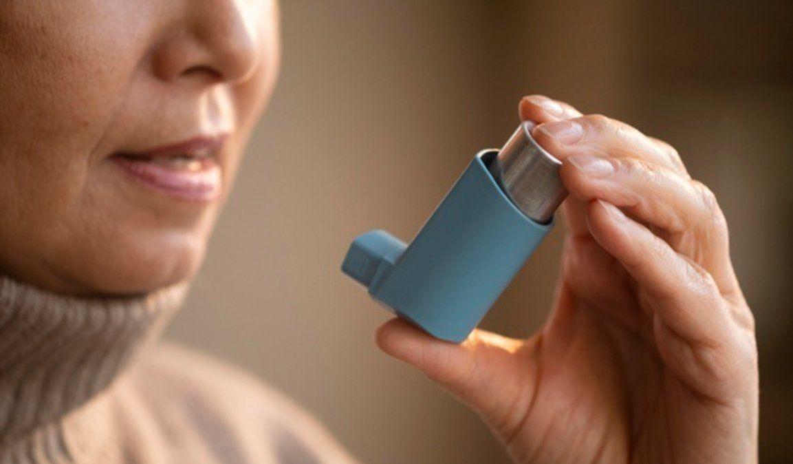 El asma no incrementa el riesgo por Covid-19 y no es incompatible con la vacuna