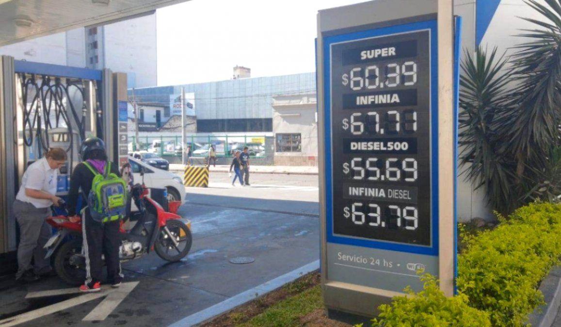 Tras ocho meses de congelamiento, llega un aumento del 7% en las naftas