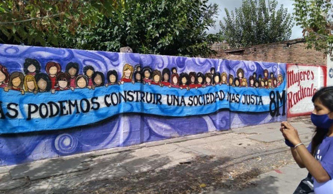 Copian un mural del artista Nicolás Anun: Este es el resultado de la política cultural, reclamó