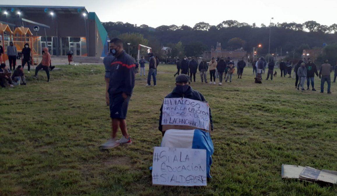 Campo Verde: El abogado de los vecinos recurrirá al Ministro de Educación de Nación