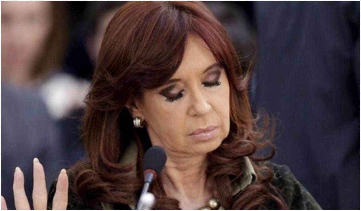 Habilitaron a Cristina a cobrar dos jubilaciones de privilegio a la vez y no pagar ganancias
