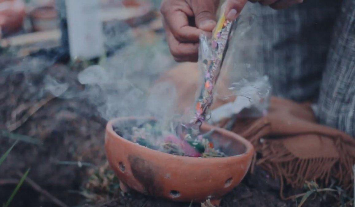 Agosto en Jujuy, según el diccionario mágico de Antonio Paleari