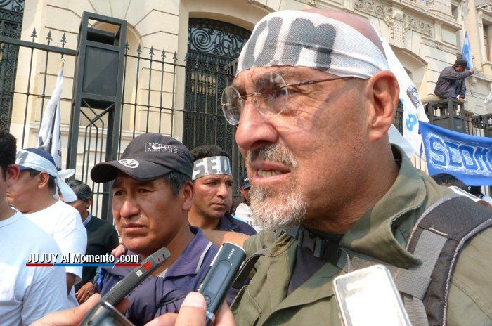 """Carlos Santillan: """"El Gobierno tiene que discutir con todos los gremios"""""""