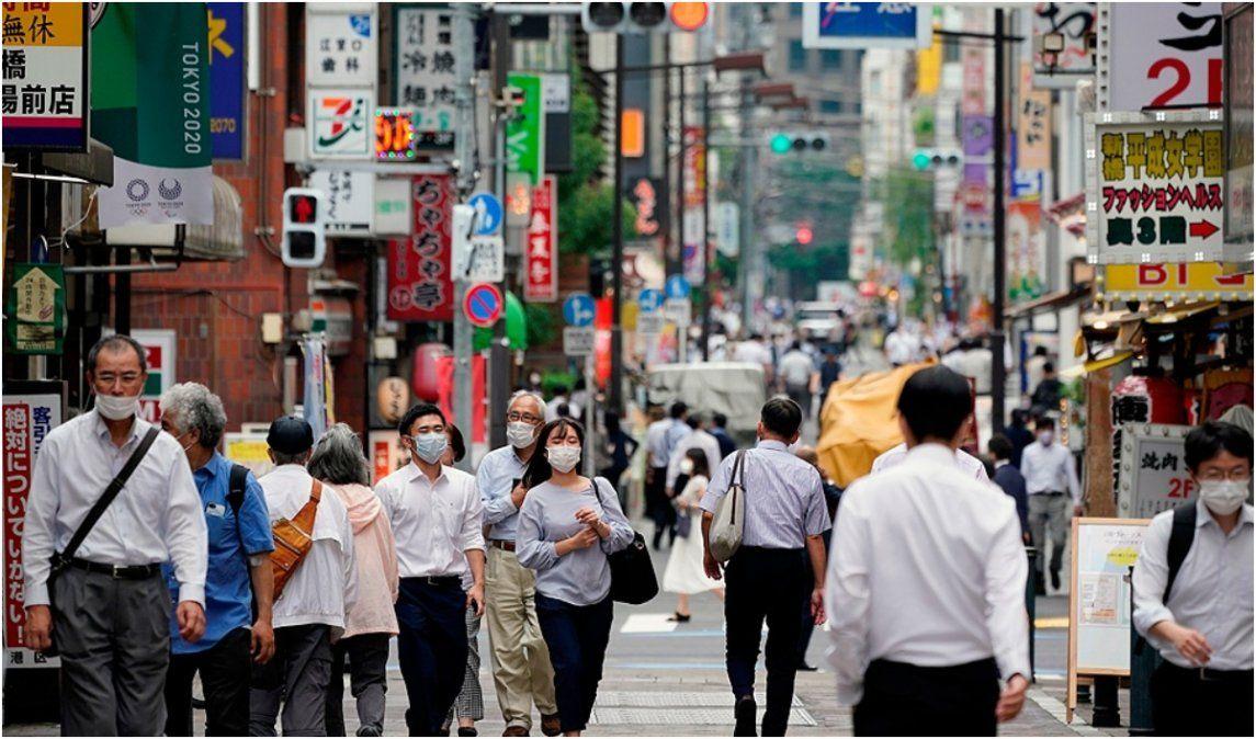Japón detectó cuatro pacientes con una nueva variante del coronavirus