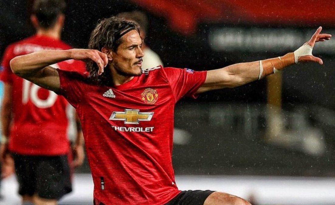 Cavani seguirá en el Manchester United