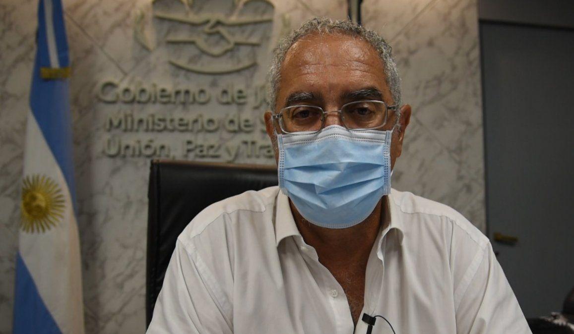 El ministro de salud Gustavo Bohuid fue tratado con plasma tras contraer coronavirus