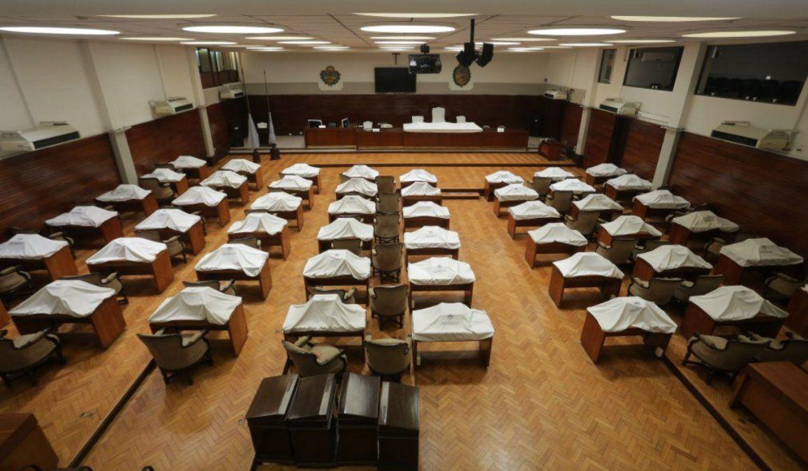 Haquim reconoció que la mayoría de los diputados rechaza el voto nominal