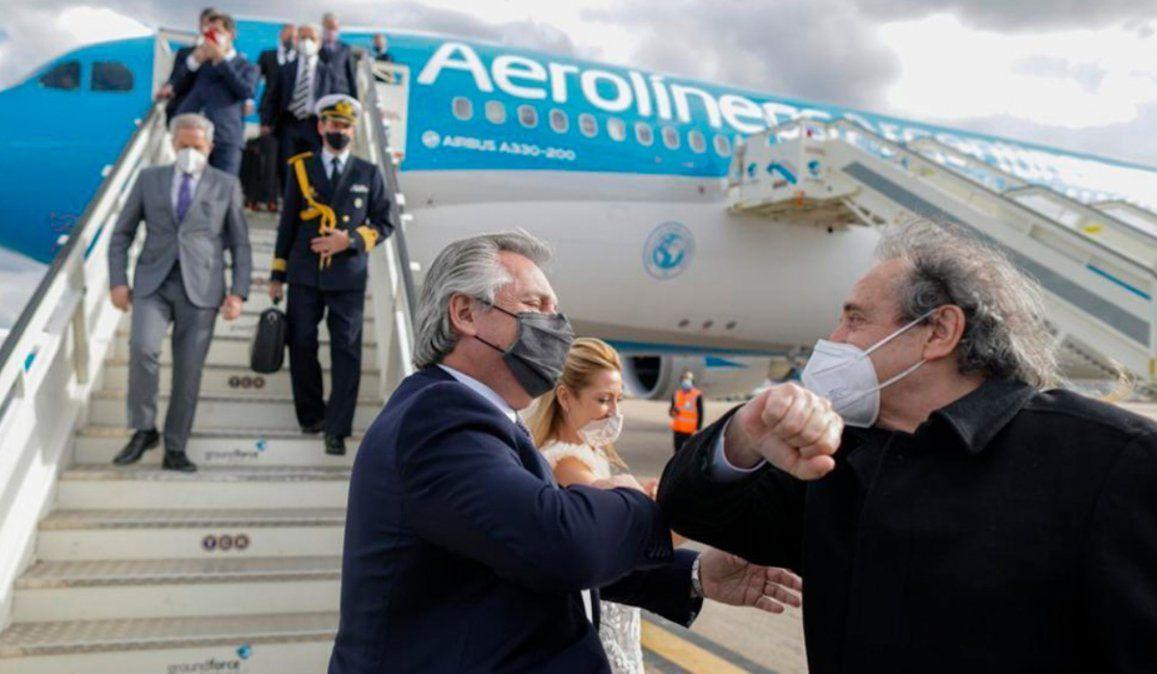 El Presidente arribó al país luego de su gira europea por Portugal, España, Francia e Italia