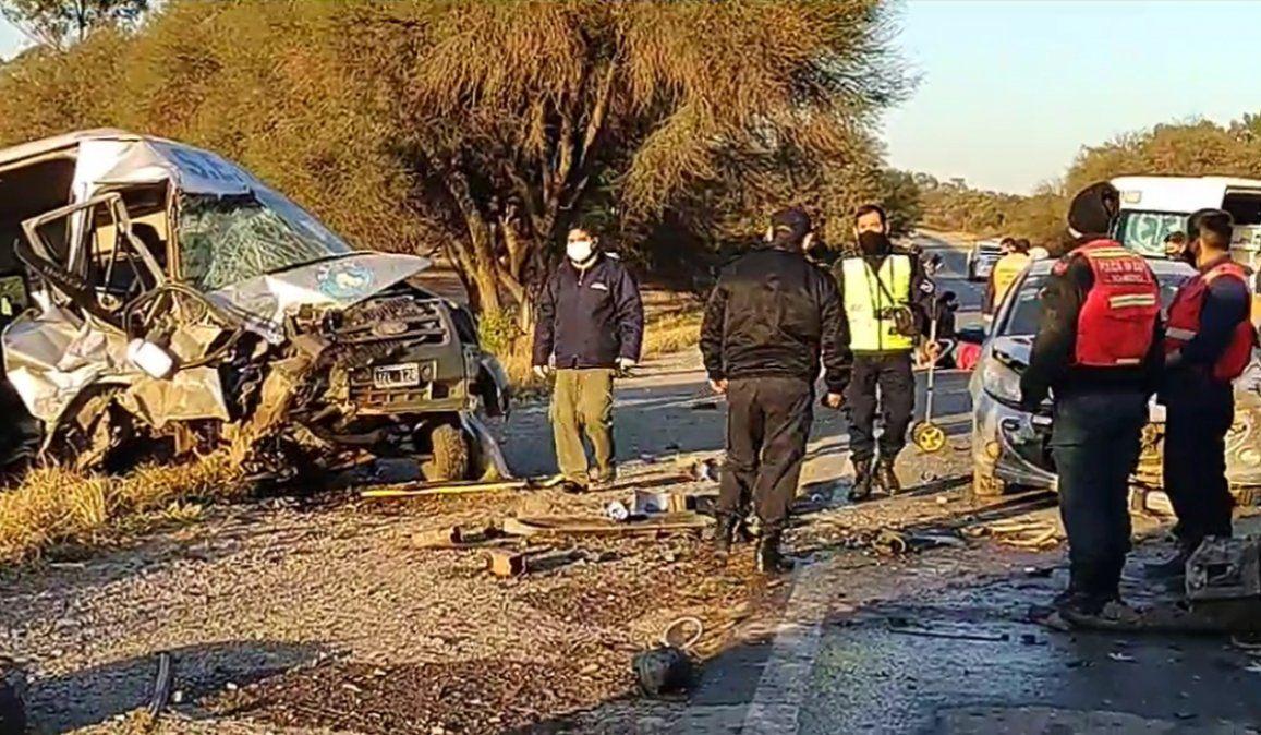 Violento choque en Ruta 34 entre un auto, una camioneta y una trafic del SEOM