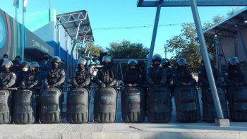 Campo Verde: Represión, detenidos y un gobernador enfrentado con los vecinos