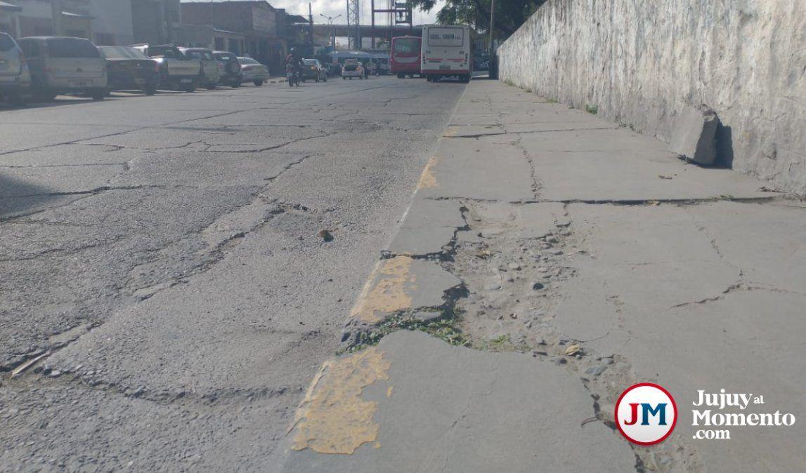 El municipio dice que pavimentarán 50 calles en toda la ciudad