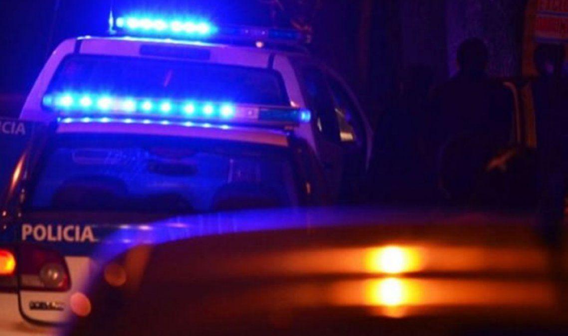 Paró en la ruta, dos delincuentes se subieron y lo asaltaron a punta de pistola