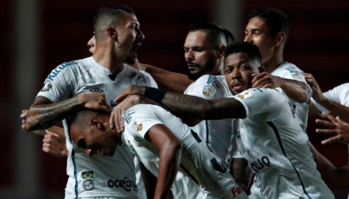 San Lorenzo y un duro golpe contra Santos; ahora, depende de un milagro
