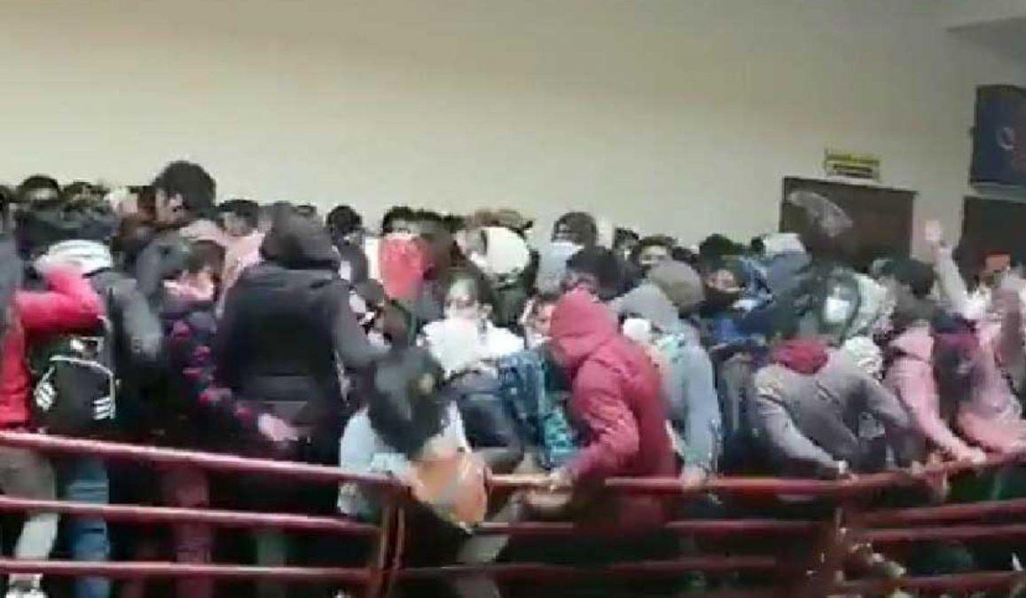 Bolivia: Dictan prisión preventiva para siete implicados en la caída y muerte de universitarios