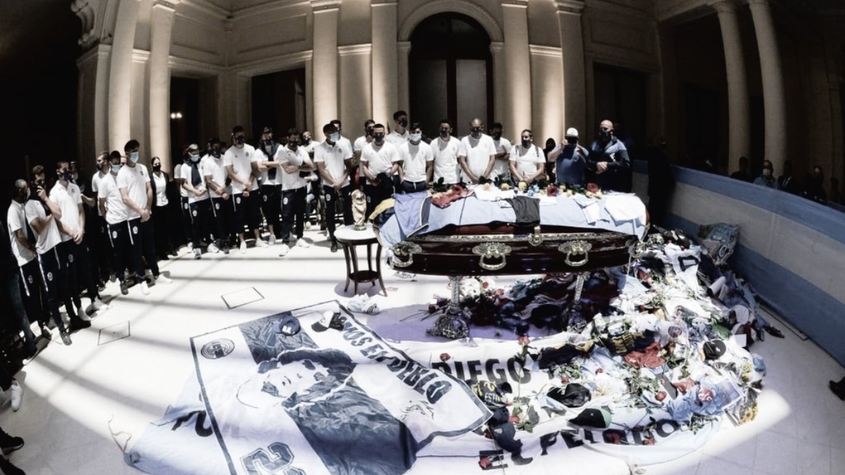 Una carta al cielo, la despedida de Gimnasia a Maradona