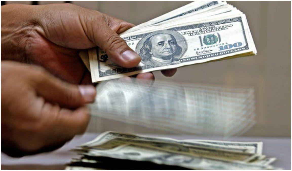 Sin techo El dólar blue sigue subiendo y sobrepasó los $170