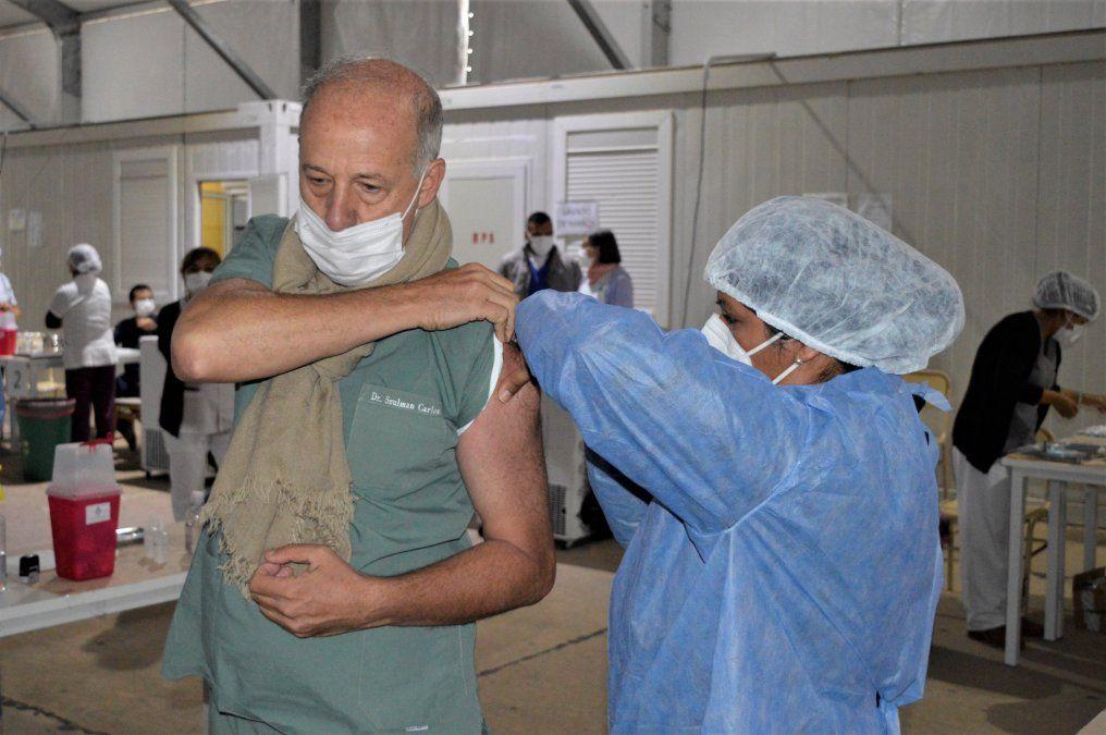 Este martes comienzan a vacunar a adultos mayores en Jujuy