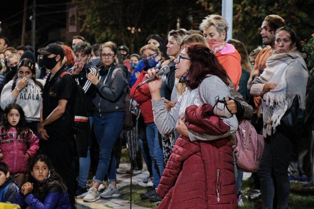 Brutal femicidio en La Angostura: persiguió a su ex por la calle y la mató a puñaladas