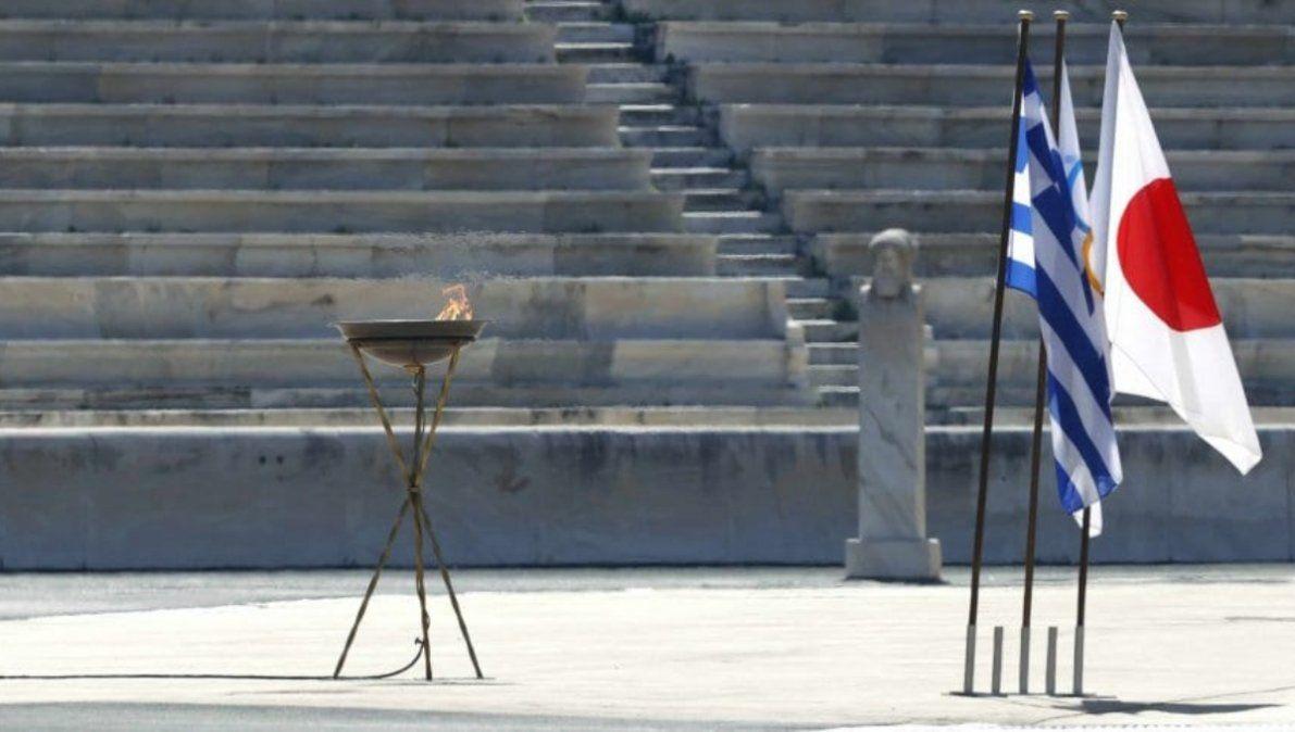 En medio de la pandemia, el fuego olímpico no se apaga