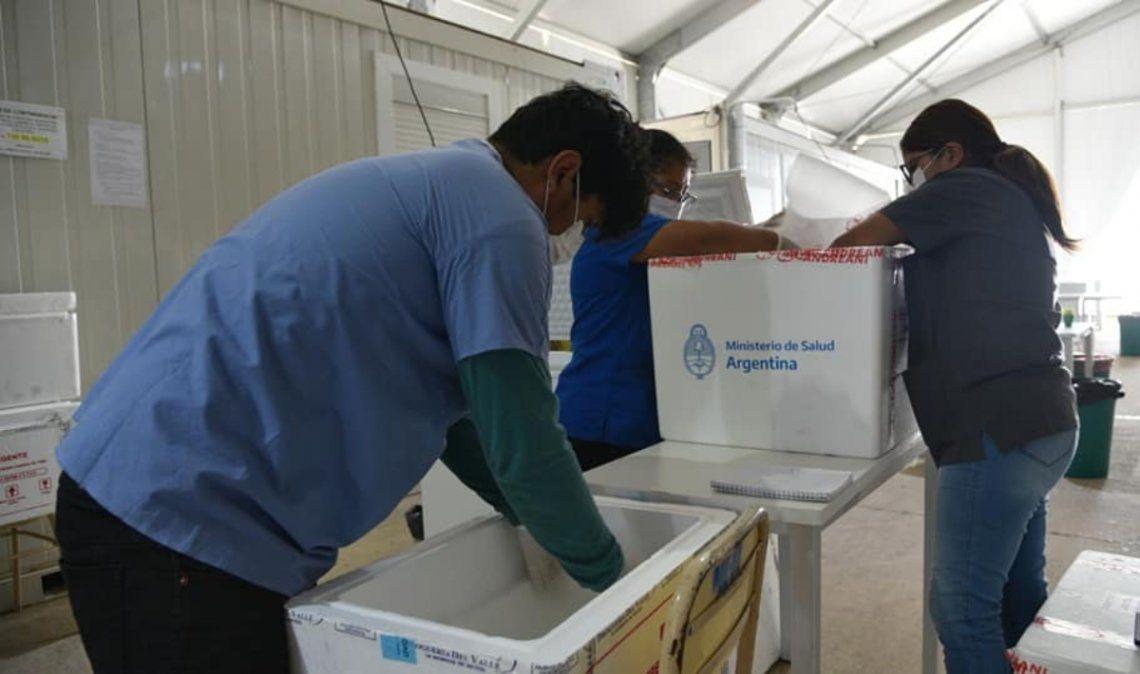 Jujuy recibirá 9.000 vacunas chinas para inocular docentes