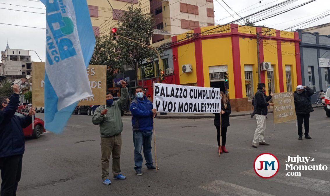 No estamos de paro, queremos trabajar, bancarios indignados volvieron a protestar