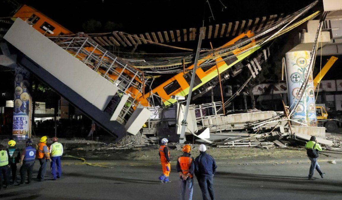 Terrible tragedia en México: Se partió un tramo del metro y hay al menos 23 muertos